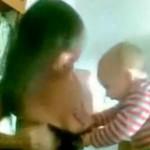 Bebi zhvesh shoqen e Mamit !! (VIDEO)