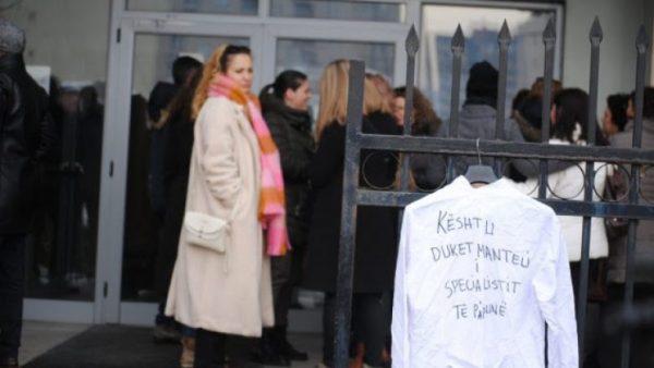 Të hënën protestojnë specialistët stomatologë, kërkojnë punë
