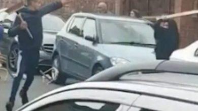 Photo of Shikoni çfarë rrahje masive fillon pas një mosmarrëveshje në trafik